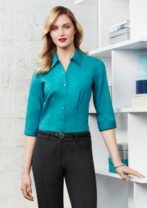 Teal 3/4 sleeve shirt